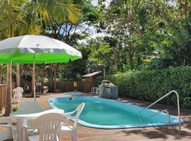 Del Sol 1, hotel near Estaleiro Beach, Bombinhas