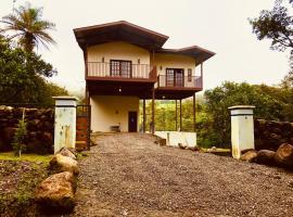 Majo Boquete 2, cabin in Alto Boquete