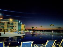Golden Lake Apart-Hotel, apartment in Arraial do Cabo