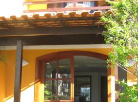Hotel La Brise, hotel near Forno's Port, Cabo Frio