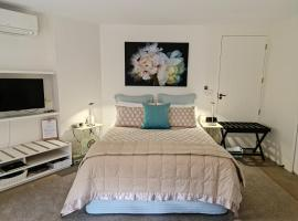 Parnell Garden Suite, self-catering accommodation in Auckland