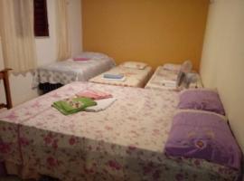 Hostel e pousada canto dos passaros, apartment in Fortaleza