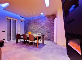 Luxury SPA Apartment, hotel in Rome