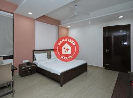 Vaccinated Staff - SPOT ON 49742 K K Tower, hotel in Agartala