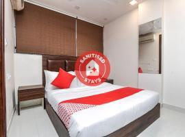 OYO Flagship 77198 Kumili Gate, hotel in Thekkady