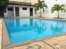 Mansão Costa do Calhau, pet-friendly hotel in São Luís