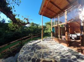 Finca Terra Viva, hotel cerca de Reserva Bosque Nuboso Santa Elena, Monteverde