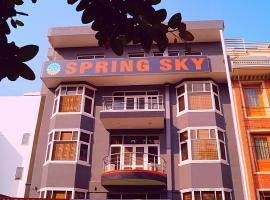 Spring Sky Gurgaon By ShriGo Hotels, hotel in Gurgaon