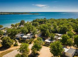 Mobile Homes - FKK Nudist Camping Solaris, luxury hotel in Poreč