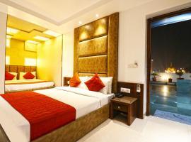 Hotel Sapphire Opposite Golden Temple, hotel in Amritsar