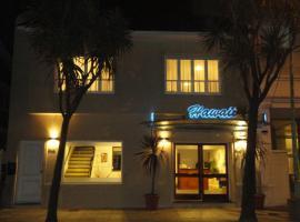 Hotel Hawaii, отель в городе Мар-дель-Плата