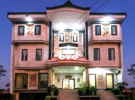 OYO 1054 Bayak Bali Hotel, hotel near Prima Medika Hospital, Denpasar