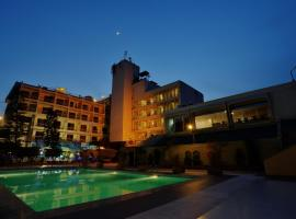Pearl Continental Hotel, Peshawar, hotel in Peshawar