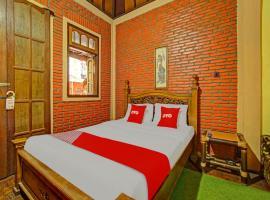 OYO 90031 Villa Papada, отель в Бату