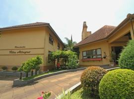 Pousada Villa Allegro, pet-friendly hotel in Canela