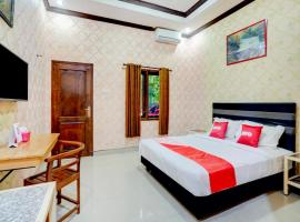 OYO 90088 Hotel Mandiri Juanda, hotel near Juanda International Airport - SUB, Surabaya