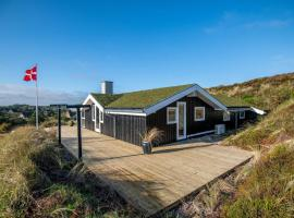 Holiday home Henne CXI, overnatningssted i Henne Strand