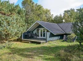 Three-Bedroom Holiday home in Aakirkeby 6, vacation home in Vester Sømarken