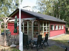 Two-Bedroom Holiday home in Aakirkeby 7, vacation home in Vester Sømarken