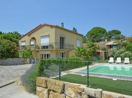 Attractive Villa in Carcassonne with Jacuzzi, hotel with jacuzzis in Carcassonne