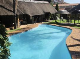 Aero Airport Hotel, hotel near O.R. Tambo International Airport - JNB, Kempton Park