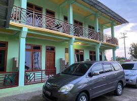 Surya Hotel, hotel in Labuan Bajo