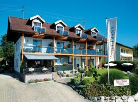 Hotel Diana, Hotel in Pörtschach am Wörthersee