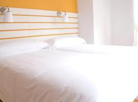 Hostal Boreal Mistral, hotel in Burgos