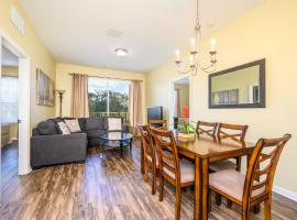 NEW Beautiful Deluxe Condo - CDC COMPLIANT - 3015, hotel with jacuzzis in Orlando
