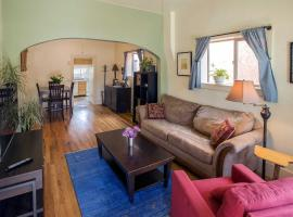 Historic 2BR Salida Home with Mtn View - Walk to Town, hotel in Salida