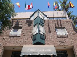 Hostal Americano, hotel in Santiago