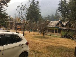 Tejis River Side Resort Kasol, beach hotel in Kasol