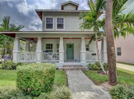 Grey Mist - Modern 3bd-2ba on Quiet Street, vacation rental in West Palm Beach