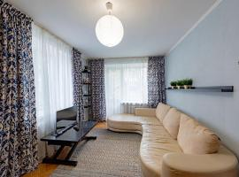 Двухкомнатная квартира Старые Химки, hotel in Khimki