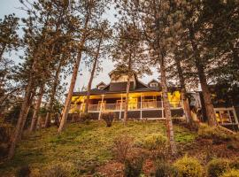 The Outlook Lodge, hotel near Cave of the Winds, Green Mountain Falls