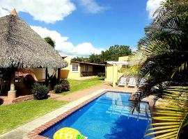 Blasina Beach House, homestay in Playa Coronado