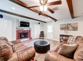 Authentic Home by Memorial City Mall, W Houston, villa in Houston