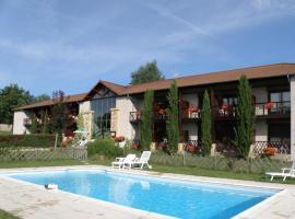 Hôtel du Golf, vacation home in Villerest