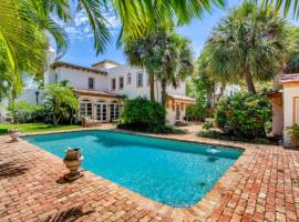 Villa Blanca - 4bd-3ba - Private Pool - Parking, vacation rental in West Palm Beach