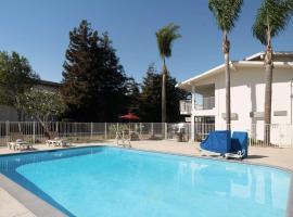 Motel 6-San Luis Obispo, CA - North, motel in San Luis Obispo