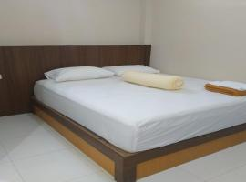 Nietsa Guest House Syariah Palu, hotel in Palu