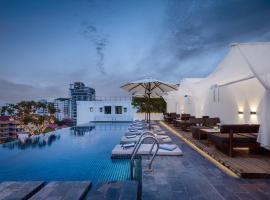 PATIO Hotel & Urban Resort, отель в Пномпене