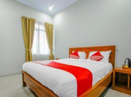 OYO 3277 Inayah Pkpri Hotel Syariah, hotel in Serang