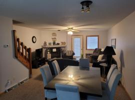 Condos at 530 E. Hiawatha, vacation rental in Wisconsin Dells