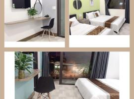 HOA MAI Plus Hostel, khách sạn ở Ðồng Hới
