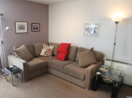 Lovely 2-Bed Apartment in central Kirkwall, hotel in Kirkwall