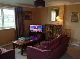 Spacious luxury 2 double Bedroom flat in Newcastle, hotel near Newcastle International Airport - NCL,