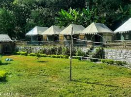 The Mountain Hut, luxury tent in Rishīkesh