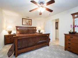 Tropical Breeze, 3 Bed Villa, Disney Area, Kissimmee, Sunny Private Pool, accessible hotel in Kissimmee