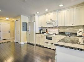 Waterfront Condo with Water Park, Walk to Beach, villa in Clearwater Beach